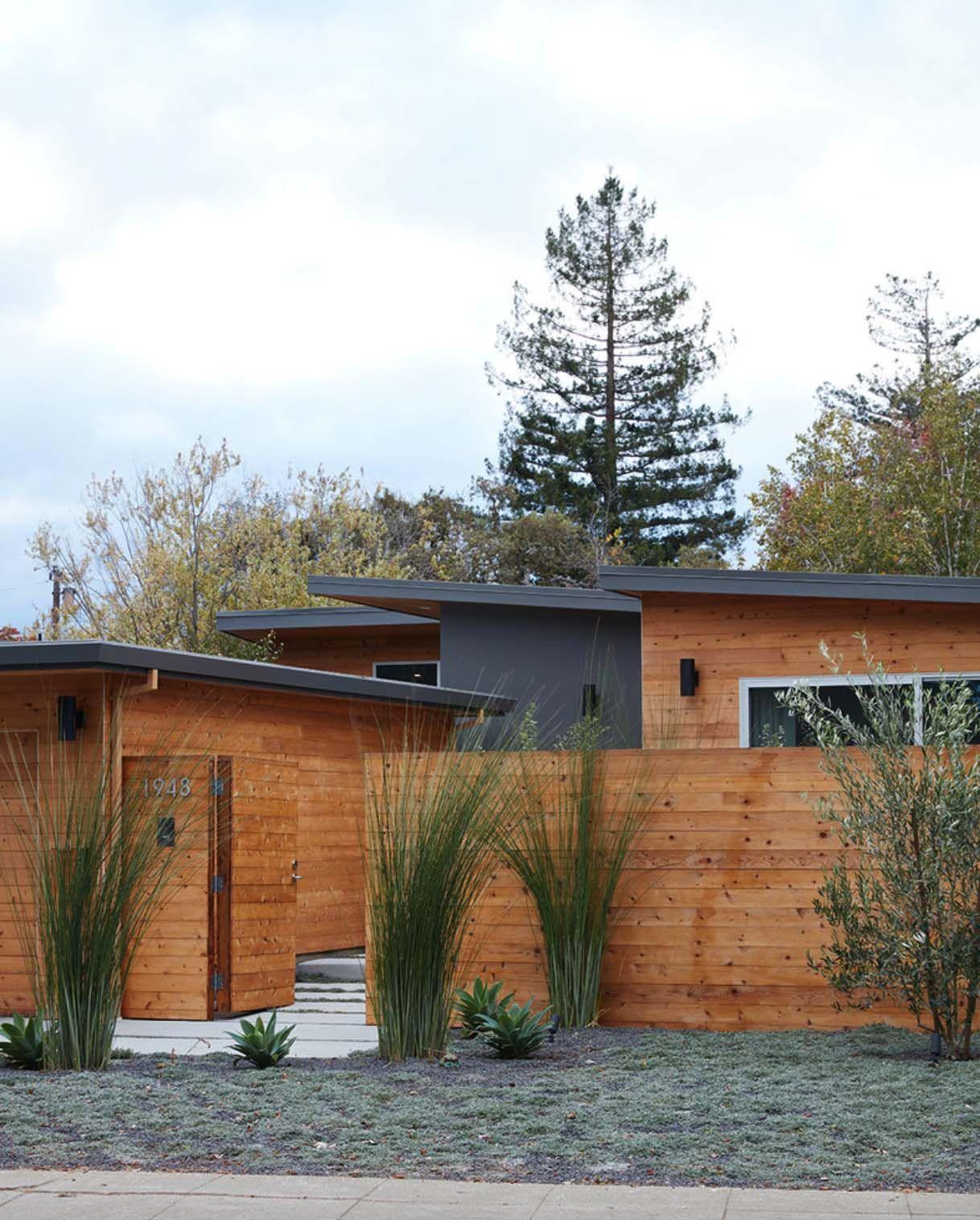 Mid-century Modern Dwelling In California Gets Flawless