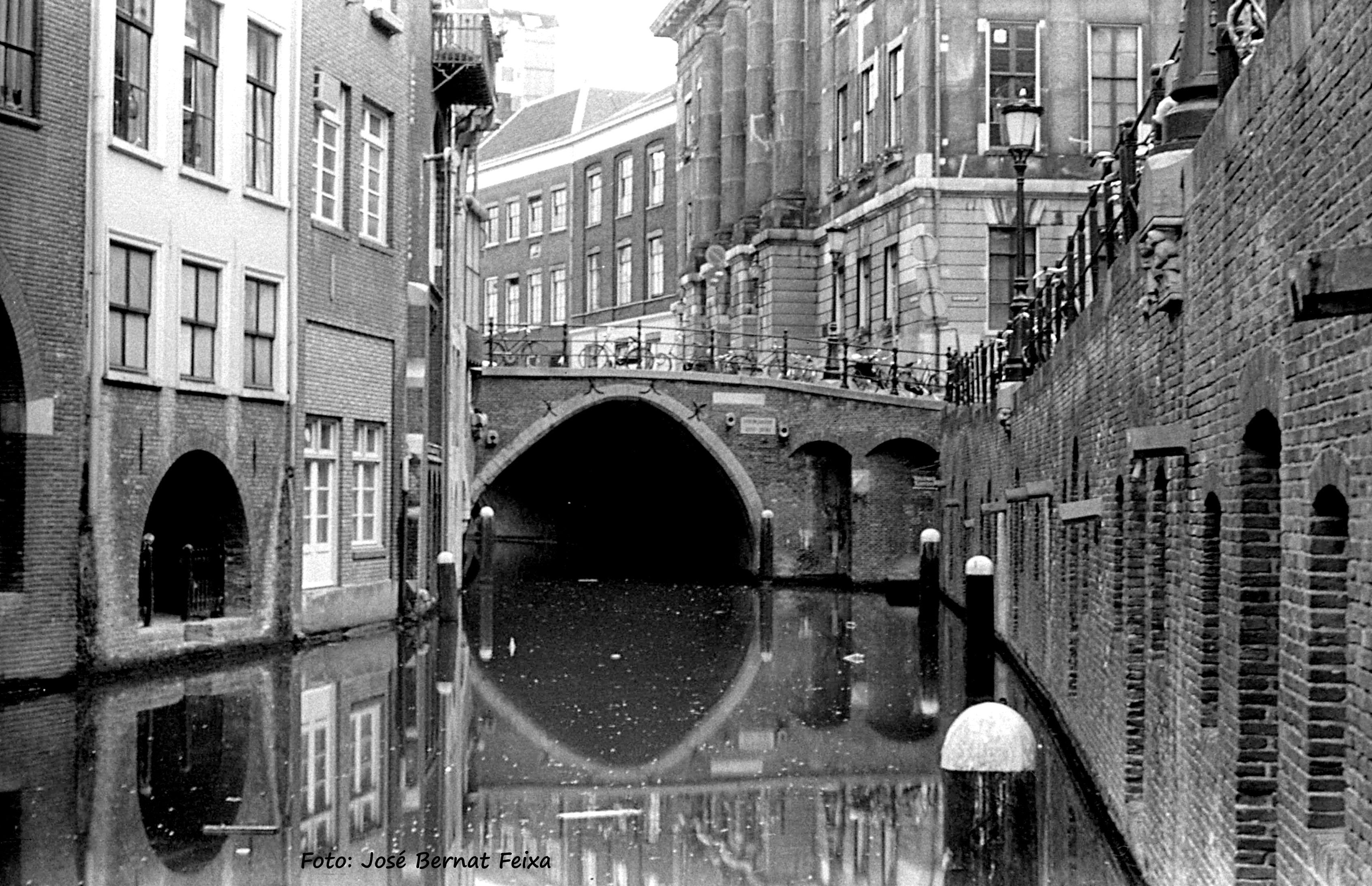 OUDEGRACHT,Utrecht -1-