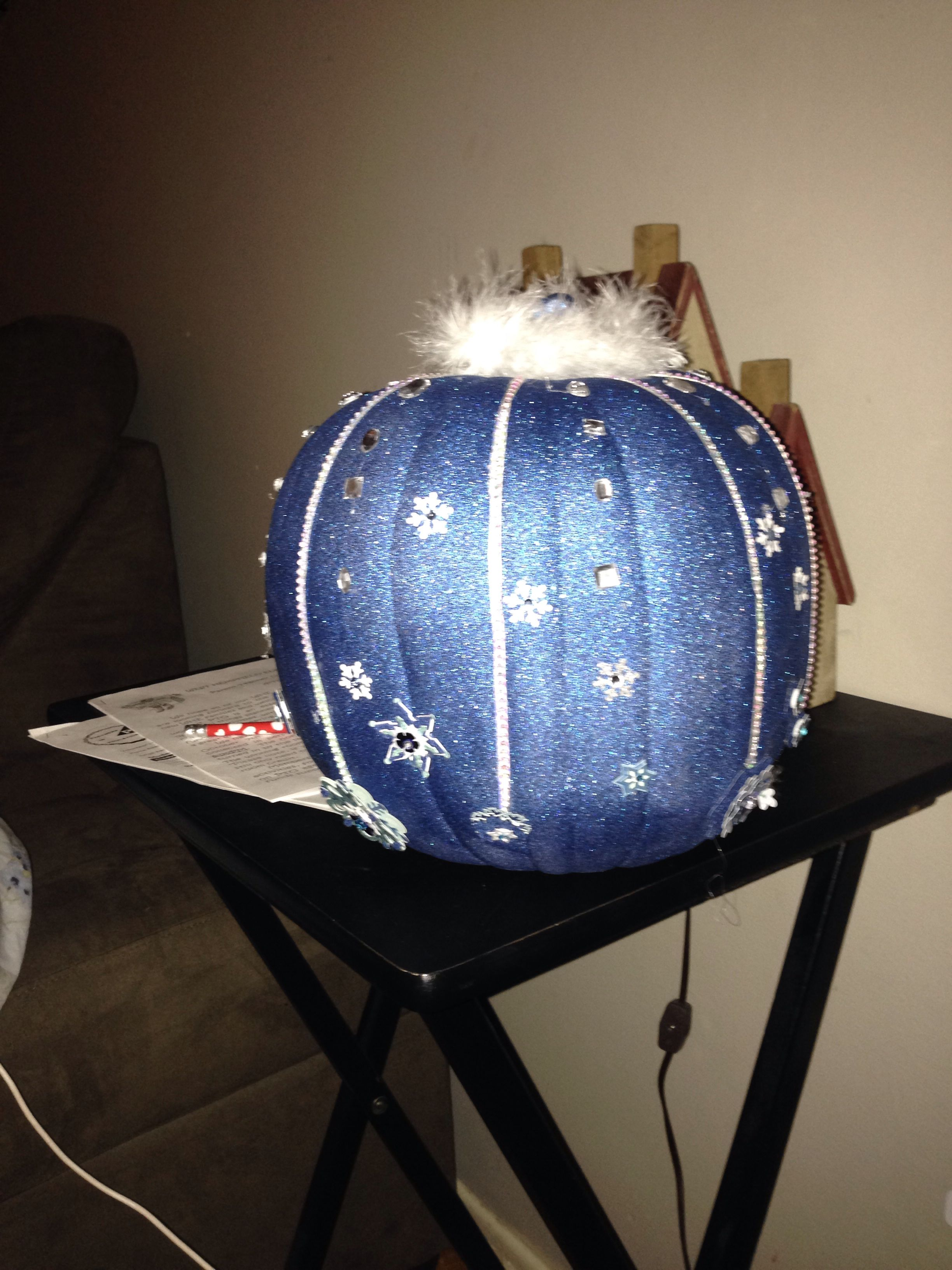 Easy Elsa Pumpkin I Used Glitter Blast White Spray Paint