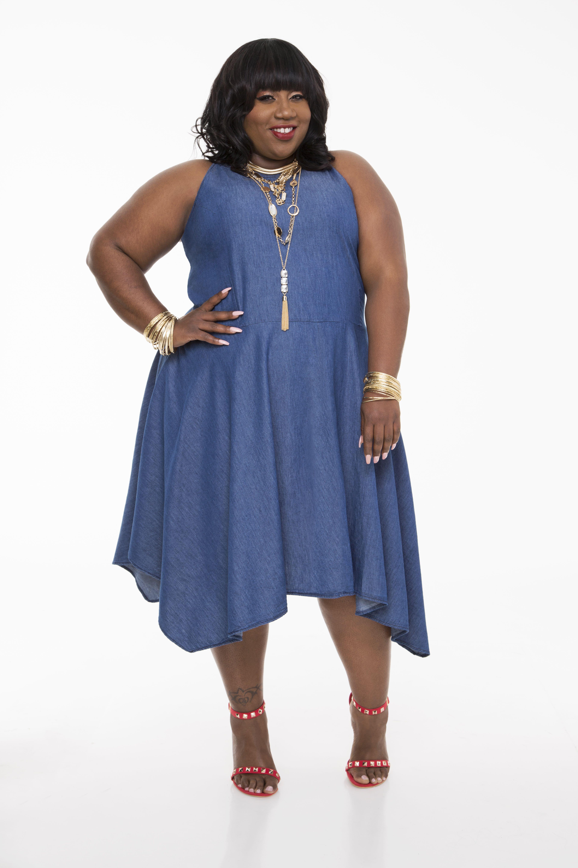 Hanky Hem Denim Dress Plus Size Dresses Ashley Stewart 010 Pa4387x Plus Size Outfits Plus Size Fashion For Women Plus Size Fashion [ 5760 x 3840 Pixel ]