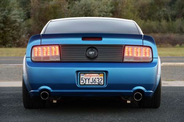2005 Ford Mustang Rear View With Images 2005 Mustang Mustang Gt