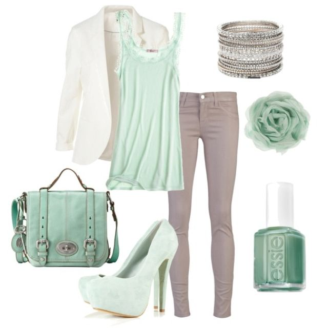 Gorgeous mint green Outfit for a Light Summer | Fashion, My