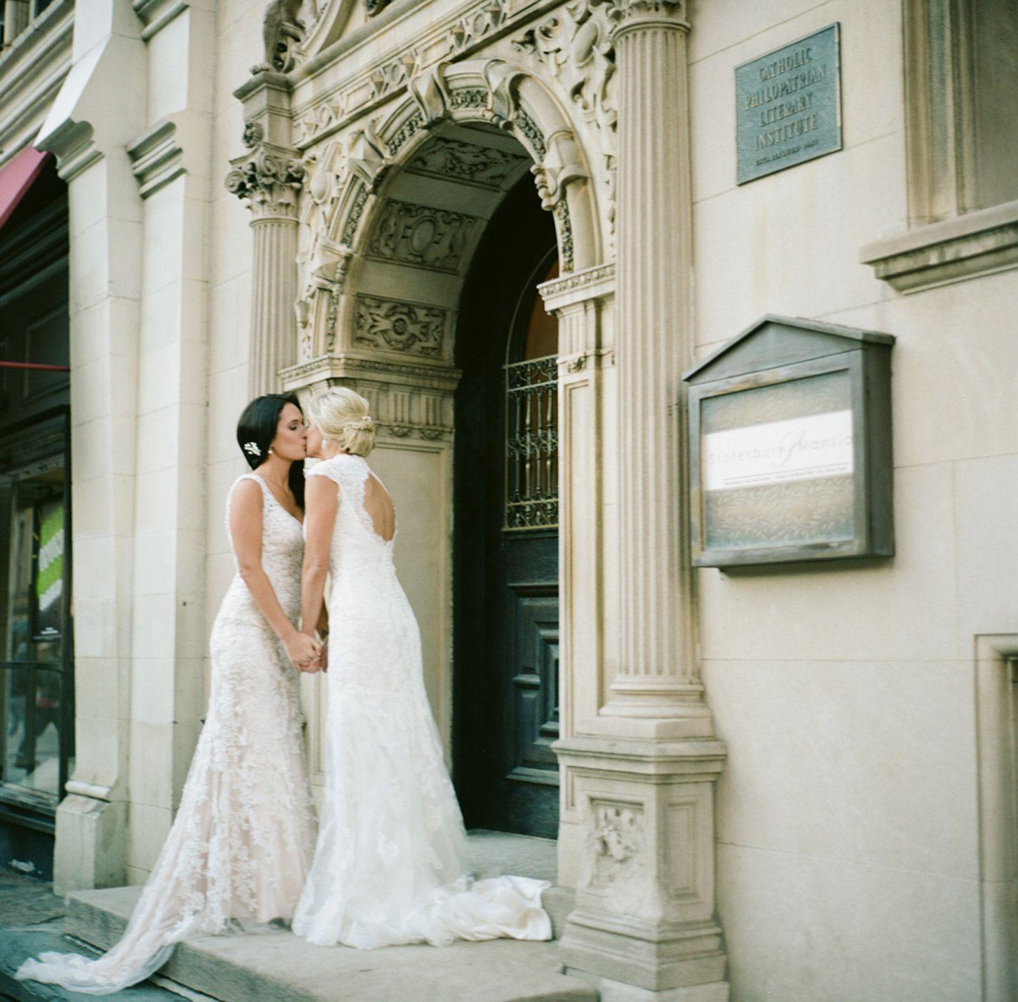 Megg u naomius intimate winter wedding brides be wedding