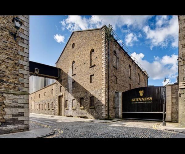 Art de Vivre 3: Passer une nuit dans le mythique entrepôt Guinness de Dublin, c'est possible ! - Frawsy