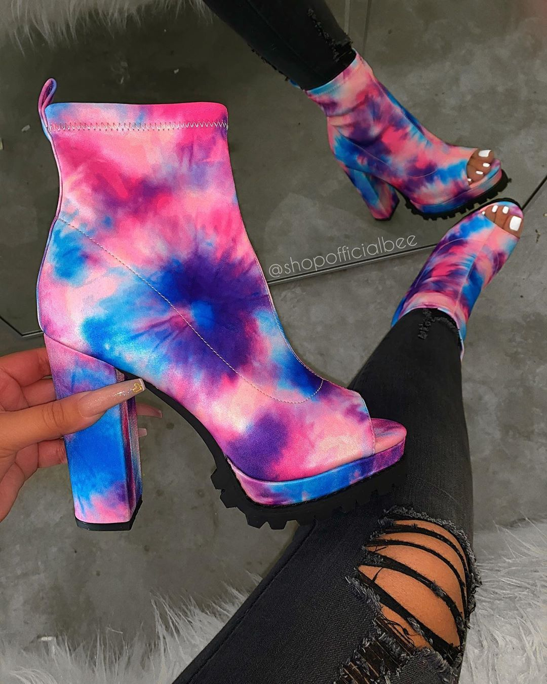 Pin by Kyrstn Batts on ♡Shoes♡ in 2020 Cute shoes heels