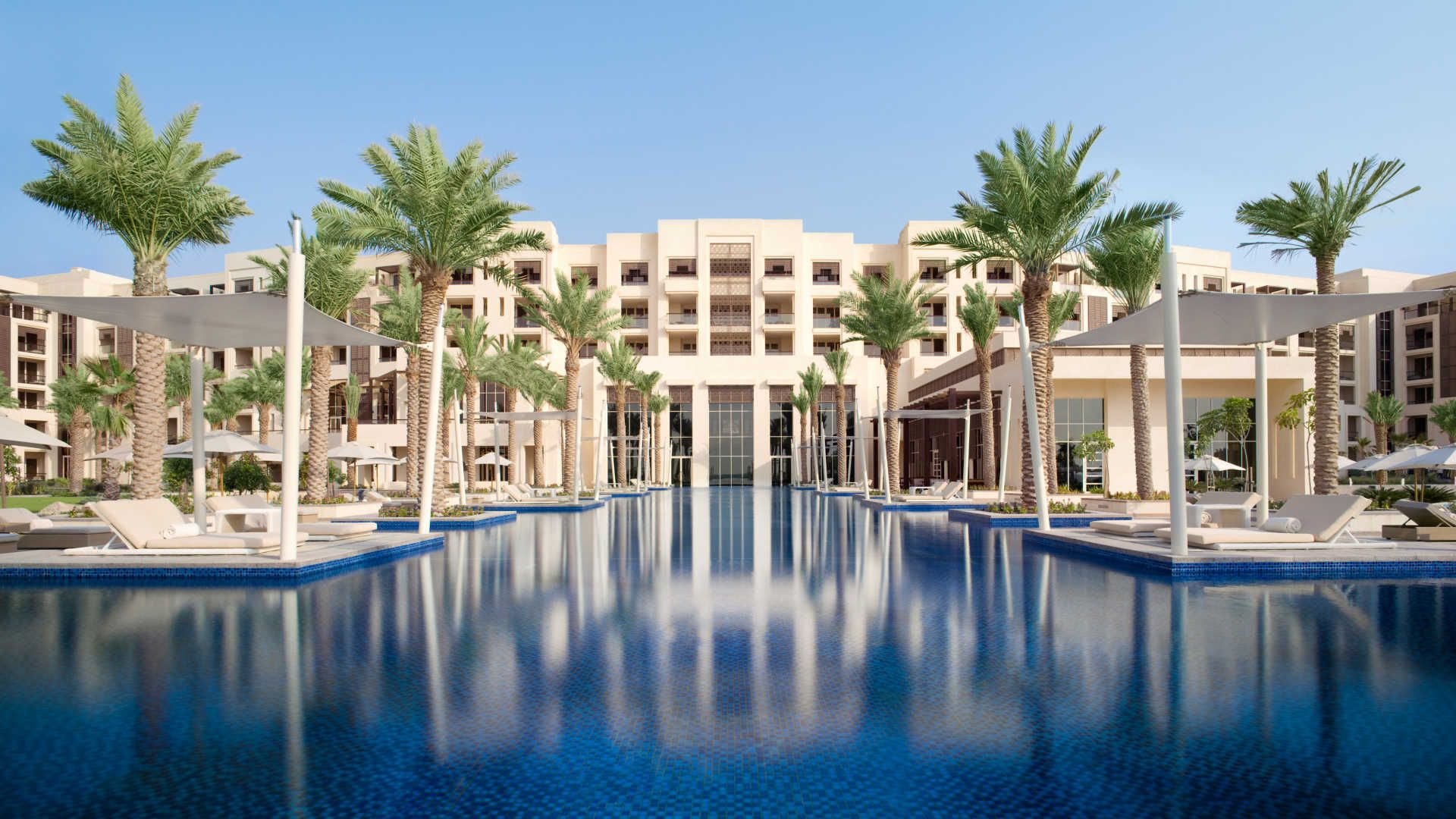 Discover Abu Dhabi Hotels With World Cl Amenities Book Top To Low Budget In