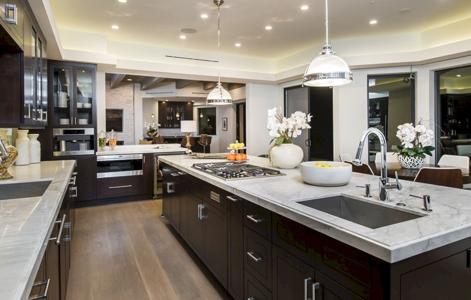 Best 47 Super Elegant Luxury Kitchen Ideas Mansion Kitchen 400 x 300