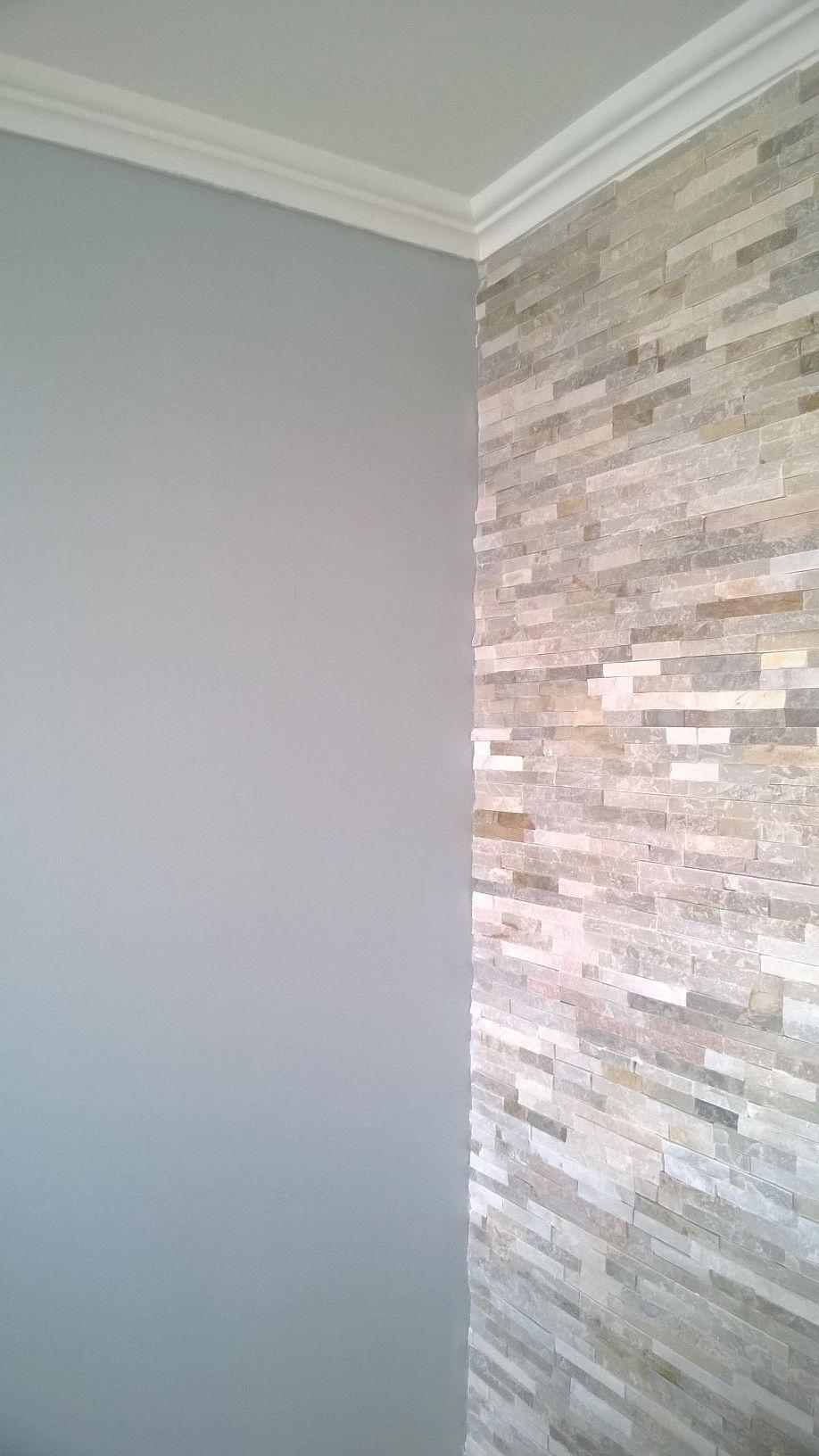 Mur En Pierre Magrit Beige Et Peinture Dulux Laponie Moyen