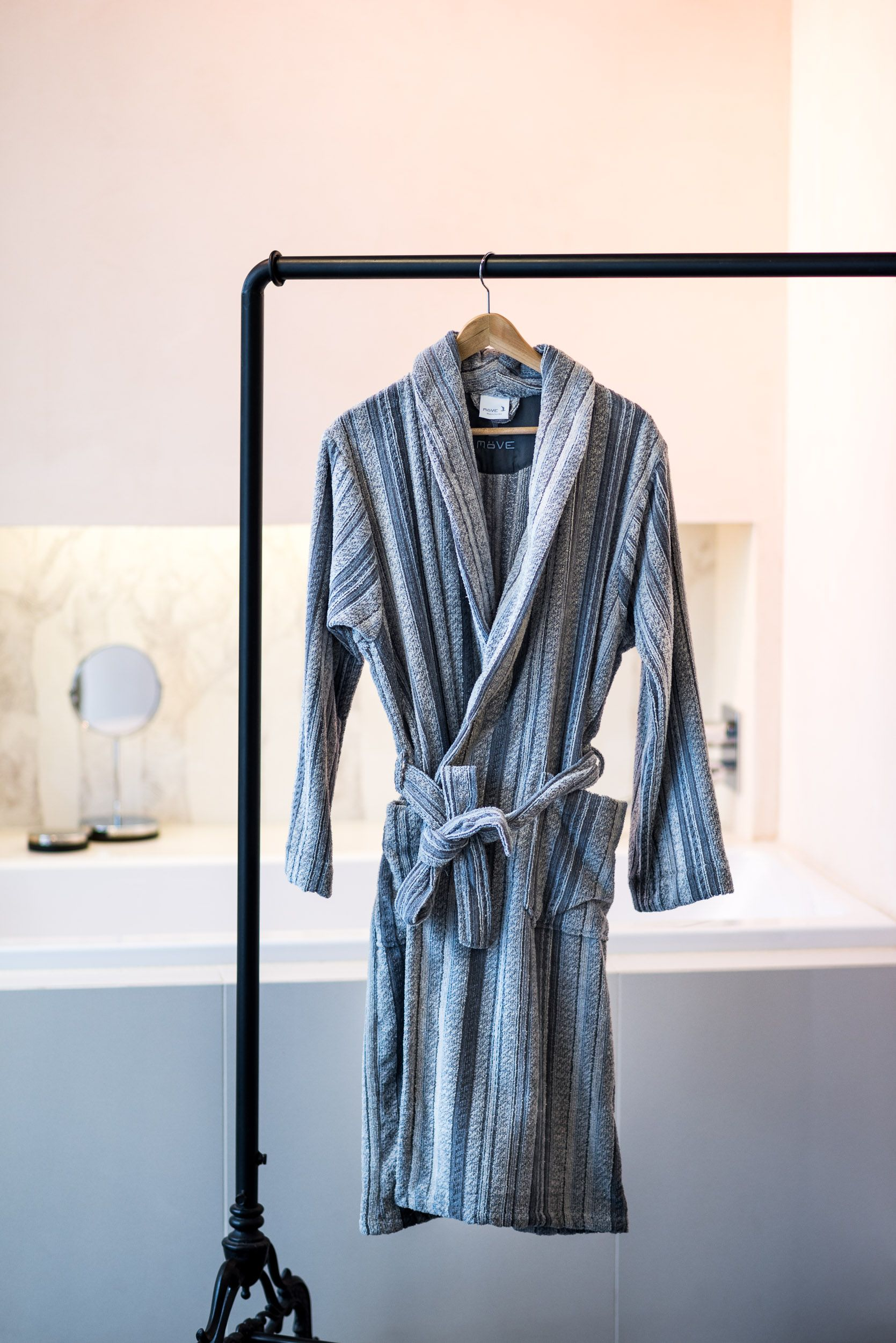 Mve Edinburgh  Handtcher fr ein Bad im klassischen Stil  Badezimmer Ideen  Handtuchhalter