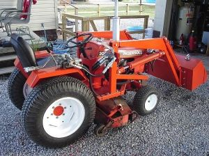 Case Ingersoll 3018 Garden Tractor Loader 2 Garden Tractor Tractors Garden Tractor Pulling