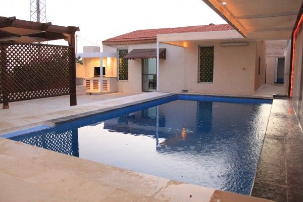 Farm House With A Private Pool In The Jordan Valley For Rent Amman Jordan Apartments Travel Travelling Adventures Rentals House Farm Farmhouse