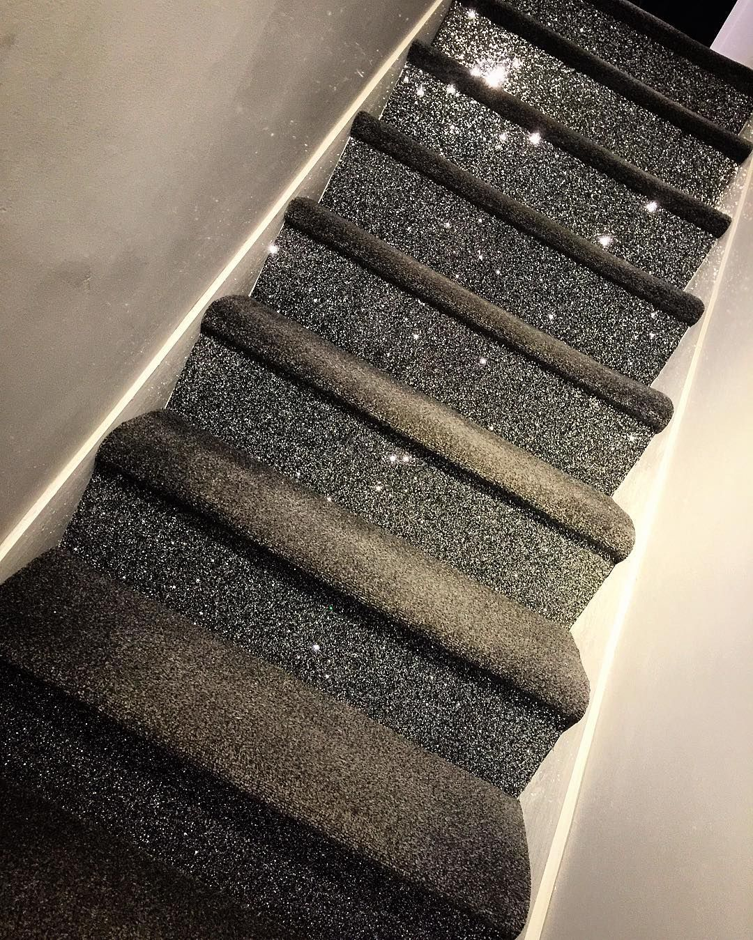 Best We Have The Best Stairs In Reigate Glitter Carpet 400 x 300