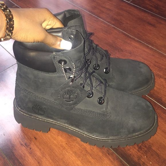 infant timbs size 4