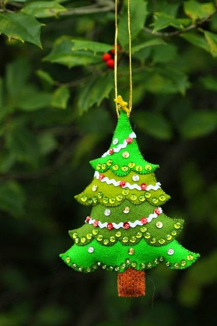 Felt Christmas tree ornament More - Sequined Tree Felt Ornaments Pinterest Felt Christmas