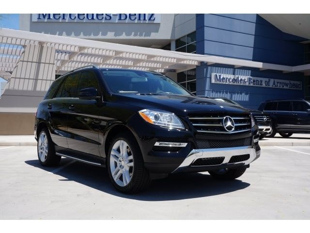 2015 Mercedes Benz M Class Ml350 4matic Call Or Text Mike At 623 451 3596 For More Information And Or To Schedule You Mercedes Benz Ml350 Benz Mercedes Benz