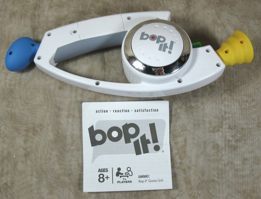 Bop It Hasbro 2008 Electronic Interactive Handheld Game Toy W
