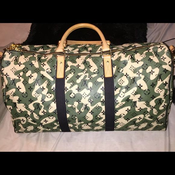RARE Louis Vuitton Monogramouflage 55 keepall 100% AUTHENTIC See pictures  for condition. minimal bottom e357fe64a5
