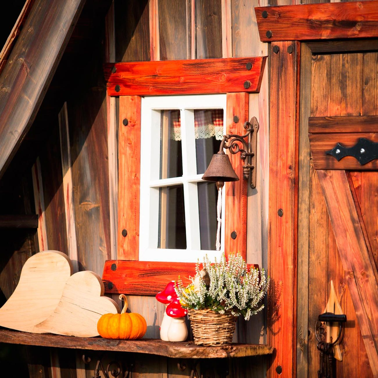Märchenhaftes Gartenhaus, schlüsselfertig Gartenhaus