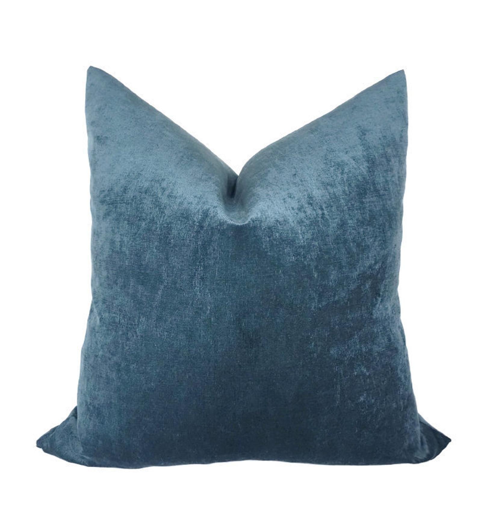 Blue Velvet Pillow Cover Blue Throw Pillows Decorative Etsy Blue Throw Pillows Blue Velvet Pillow Velvet Pillow Covers