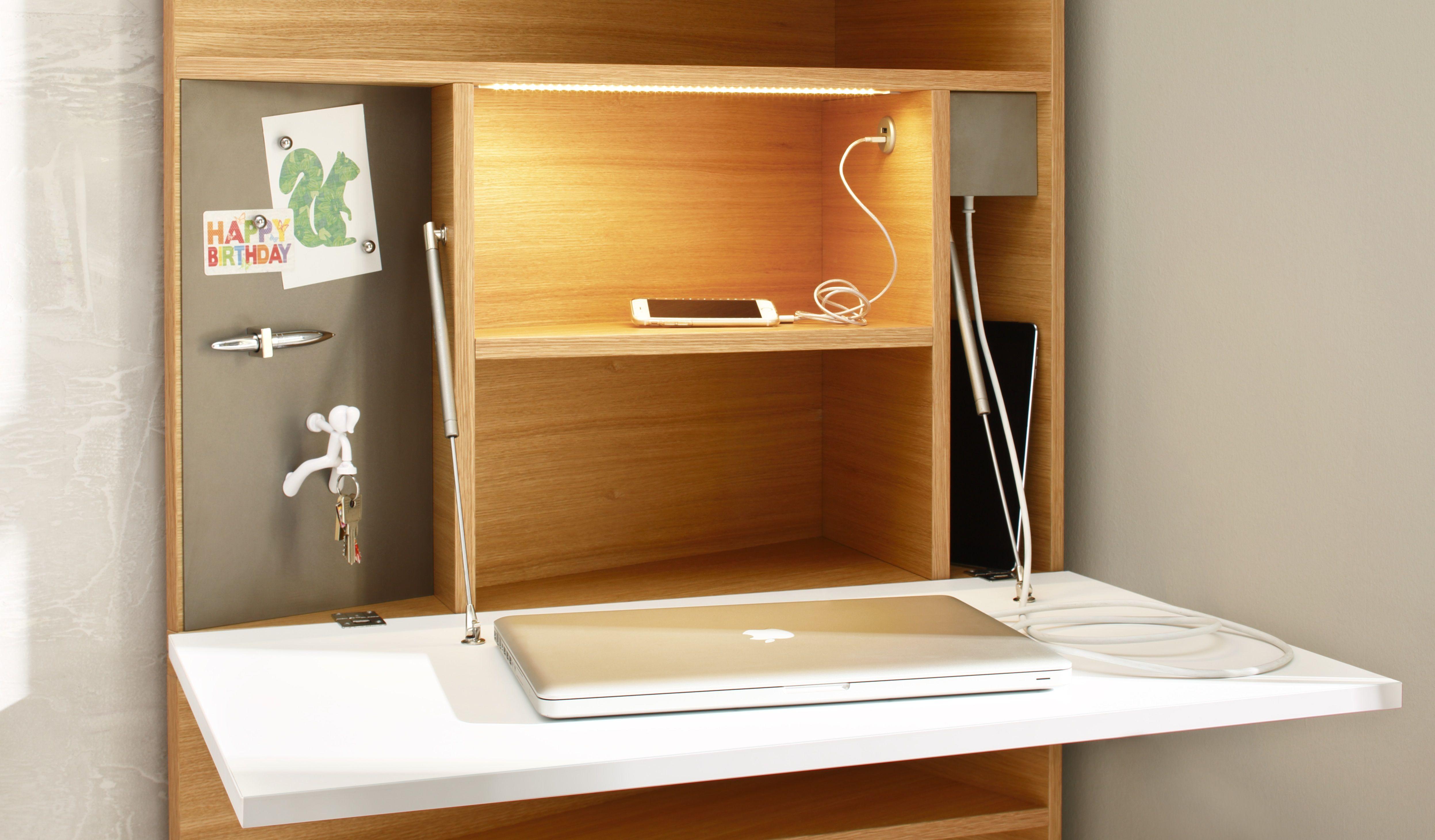 das innenleben vom ecce sekret r magnet tafel steckdose usb anschluss led lichtleiste mit. Black Bedroom Furniture Sets. Home Design Ideas