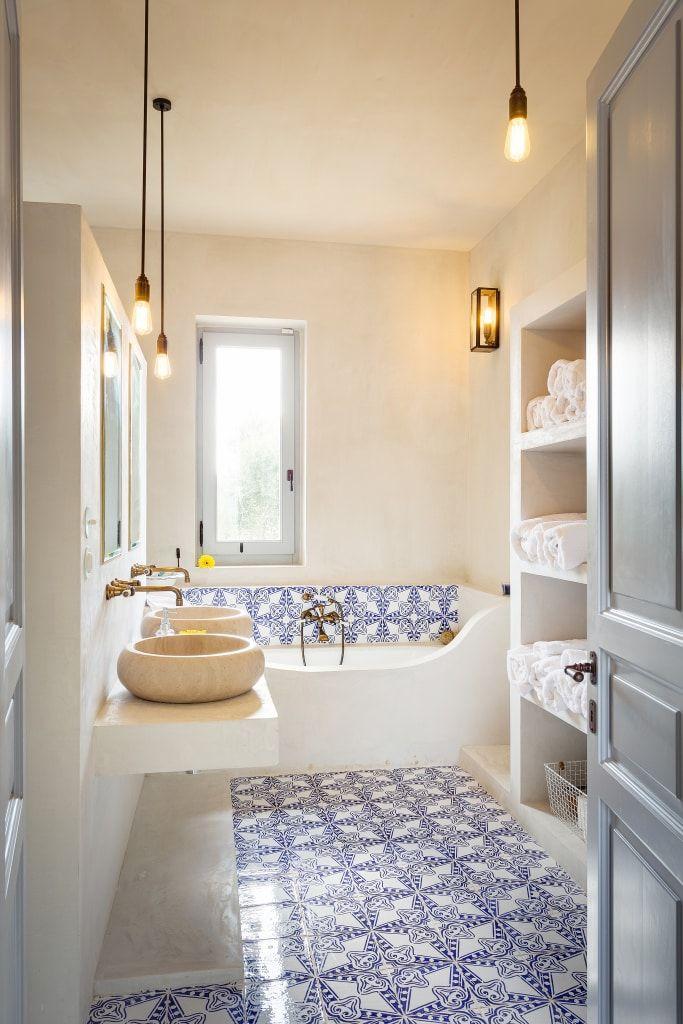Casa di campagna bagno in stile di architetto stefano for Architetto per interni