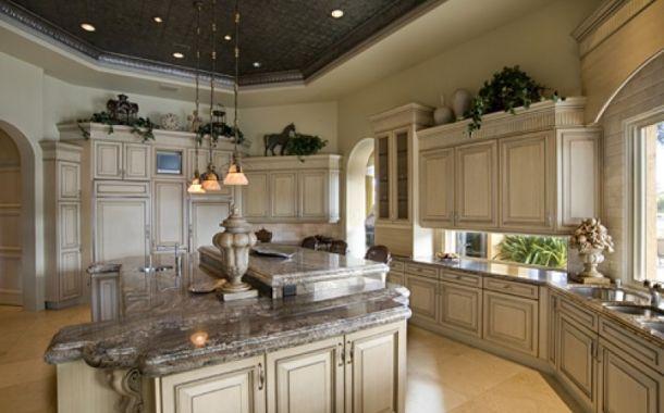 Antique white kitchen cabinets, white kitchen cabinets, painted kitchen  cabinets, and kitchen cabinets ideas for your home. - 27 Antique White Kitchen Cabinets [Amazing Photos Gallery Kitchens