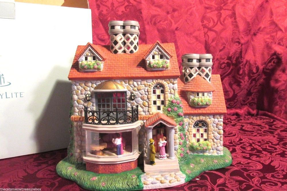 Partylite The Bristol House Tealight Holder 3rd Edition Olde World Village Partylite Holiday Tea Light Holder Bristol Houses Tea Lights