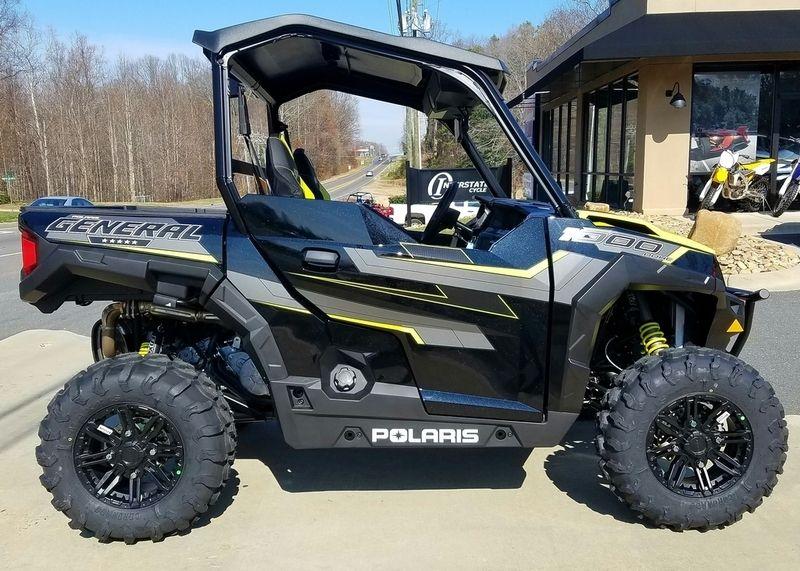 New 2017 Polaris General 1000 Eps Ride Command Edition Black Pearl Atvs For Sale In North Carolina 2017 Polaris General 1000 Eps Polaris General Atv Atv Gear