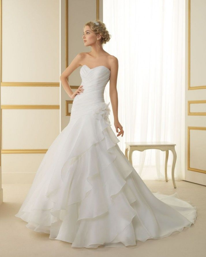 130 TELMA / Wedding Dresses / 2013 Collection / Luna Novias (Shown without Jacket)