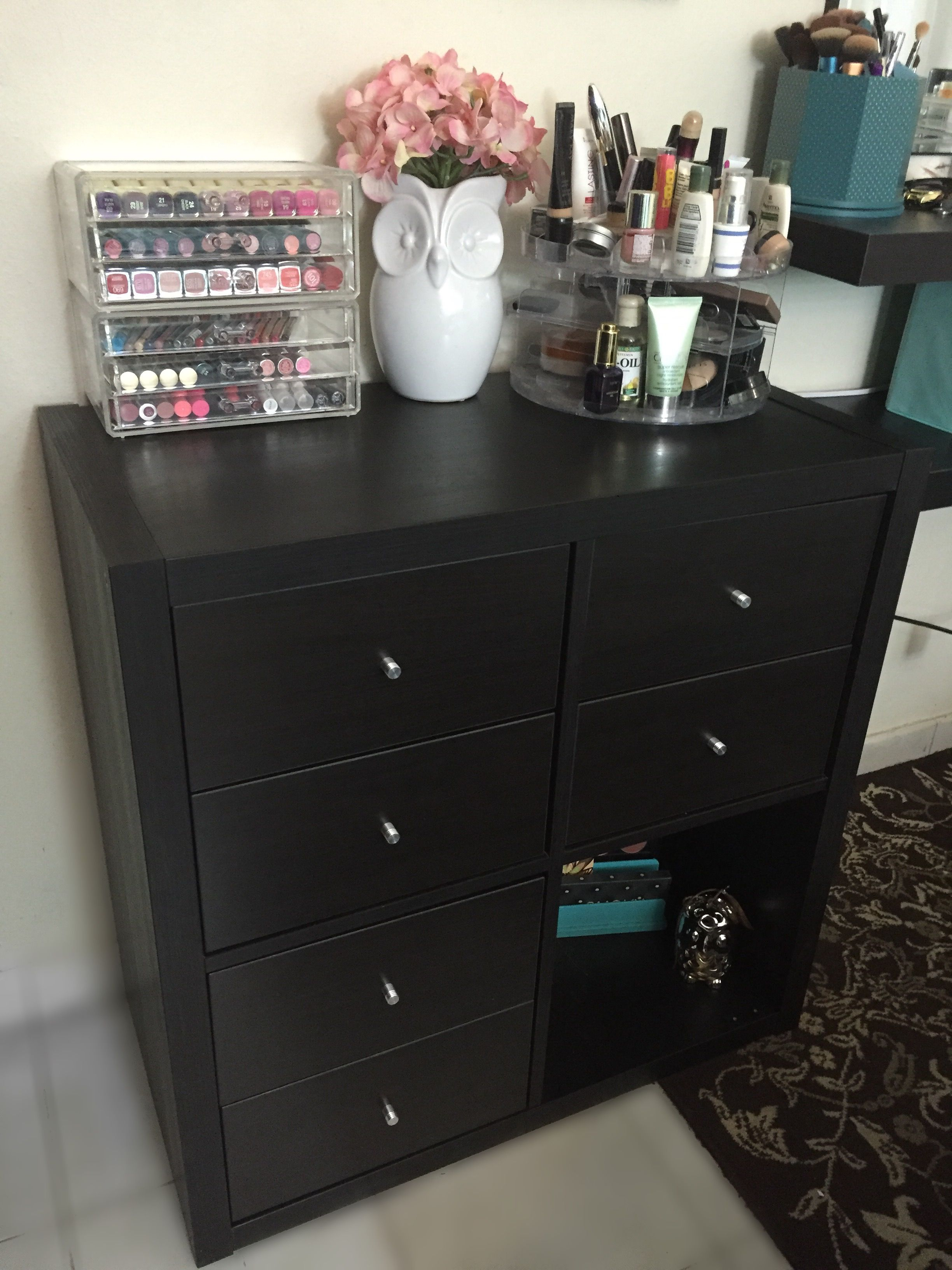 Makeup organization with Ikea Kallax Organizing ideas