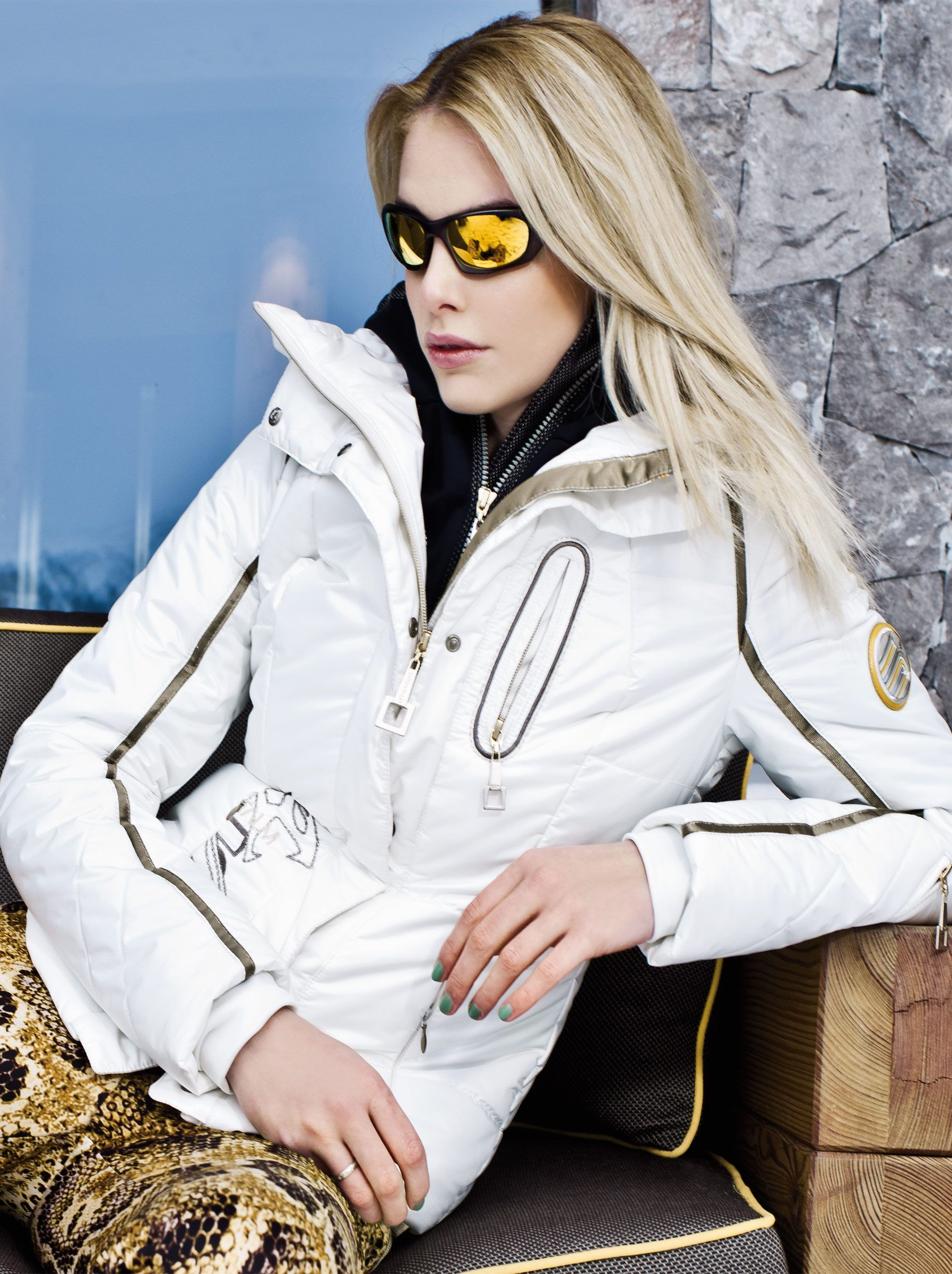 Womens Metalica Luxury Ski Jacket. Fashion and function by one of Europe s  best designers.  luxury  ski  aspen 72b6317f2