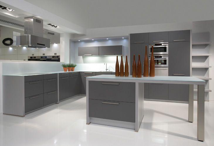 Küche in Anthrazit #Kücheninsel wwwdyk360-kuechende Cocina - bilder für die küche