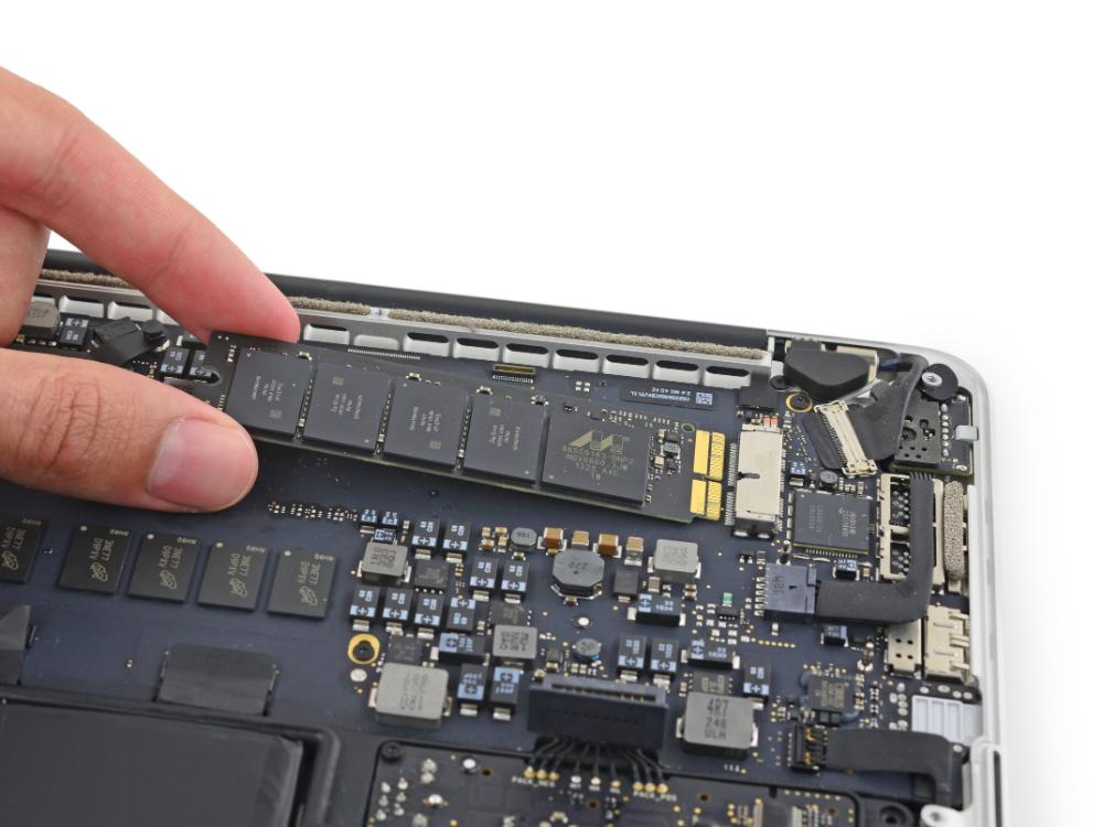 Macbook Pro 13 Retina Display Early 2015 Ssd Replacement In 2020 Macbook Pro 13 Macbook Pro Macbook