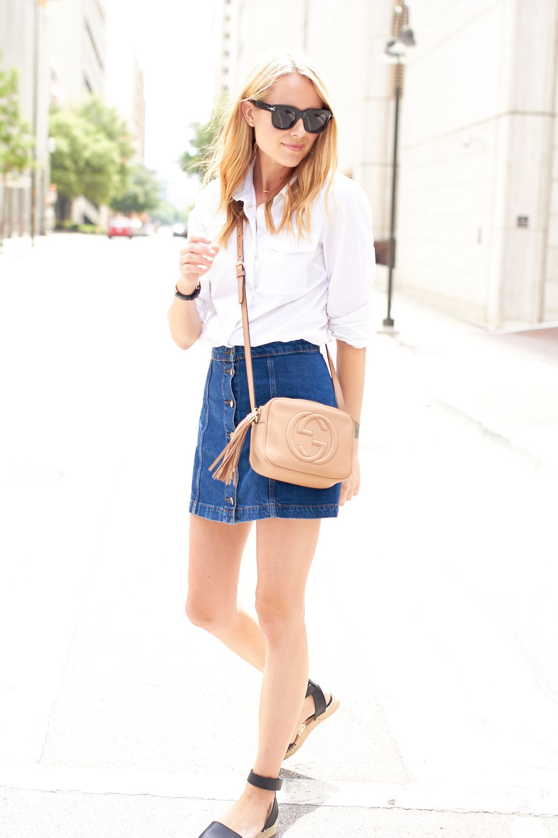 7c85494c873 Blonde Woman Wearing Everlane Black Short Sleeve Shirt Topshop Ripped Denim  Skirt Outfit Gucci Marmont Belt …
