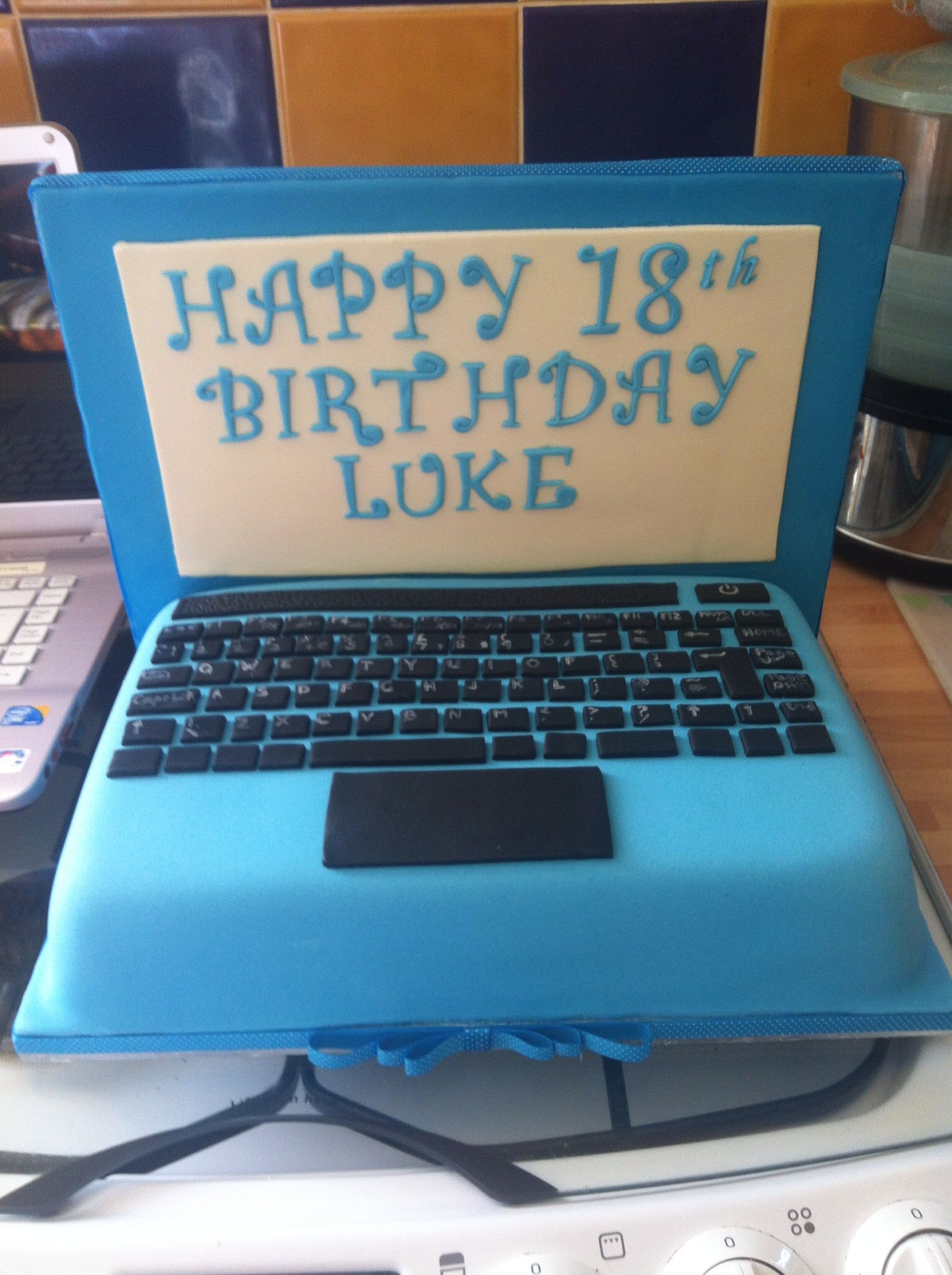 Keyboard Kuchen Laptop Cake 18th Birthday