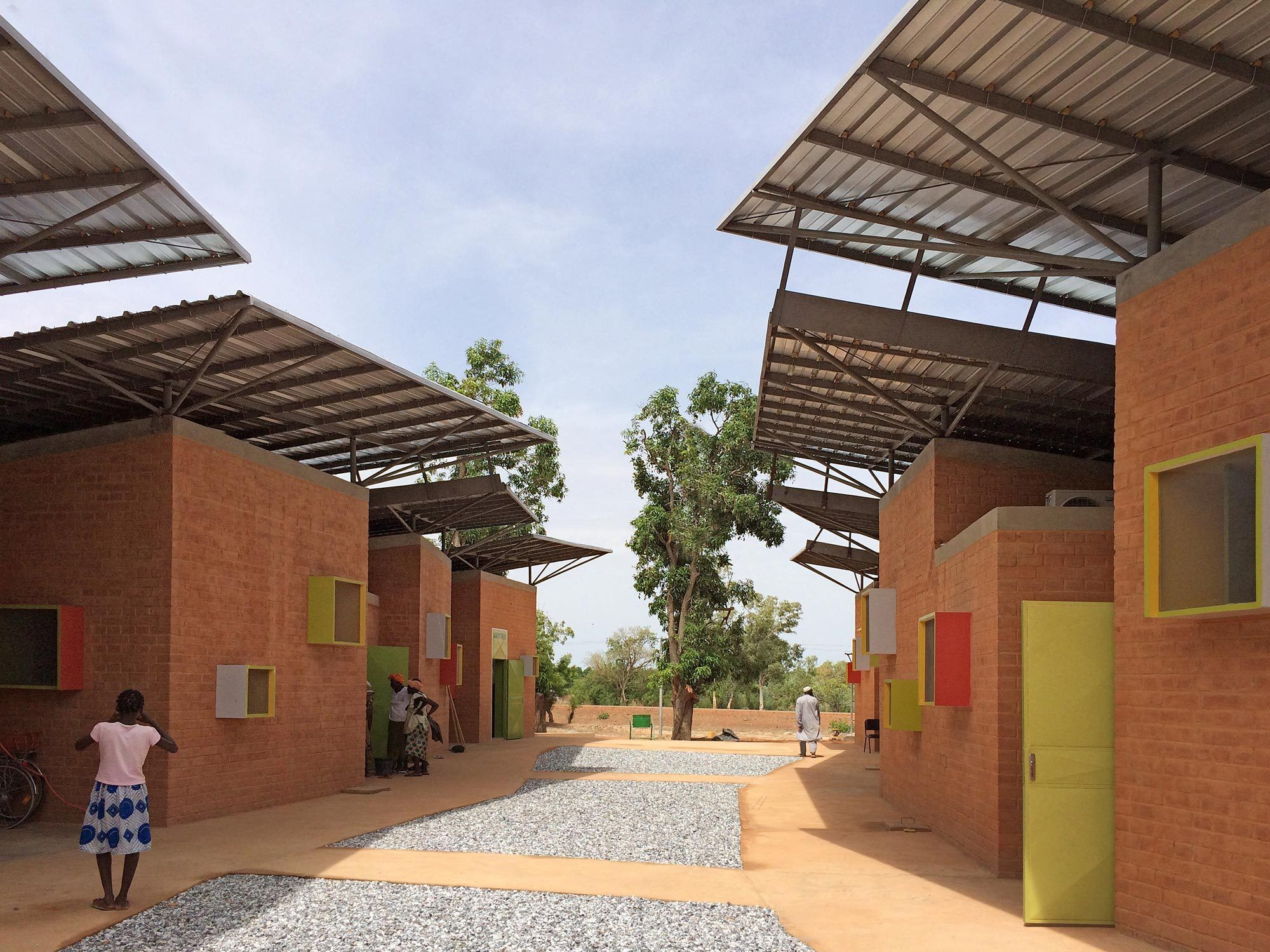 Operieren in Afrika - Klinik von Francis Kere in Burkina Faso ... on