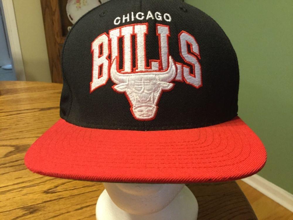 Chicago bulls mitchell ness nba wool black red snapback