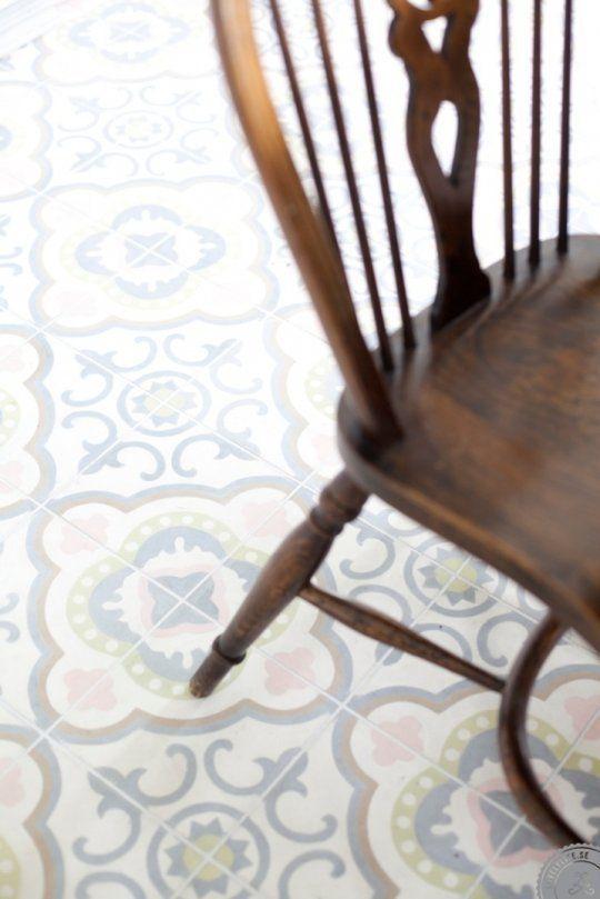 Look Gorgeous Pastel Kitchen Floor Tiles Kuchenboden Ideen Kuchenboden Zementfliesen