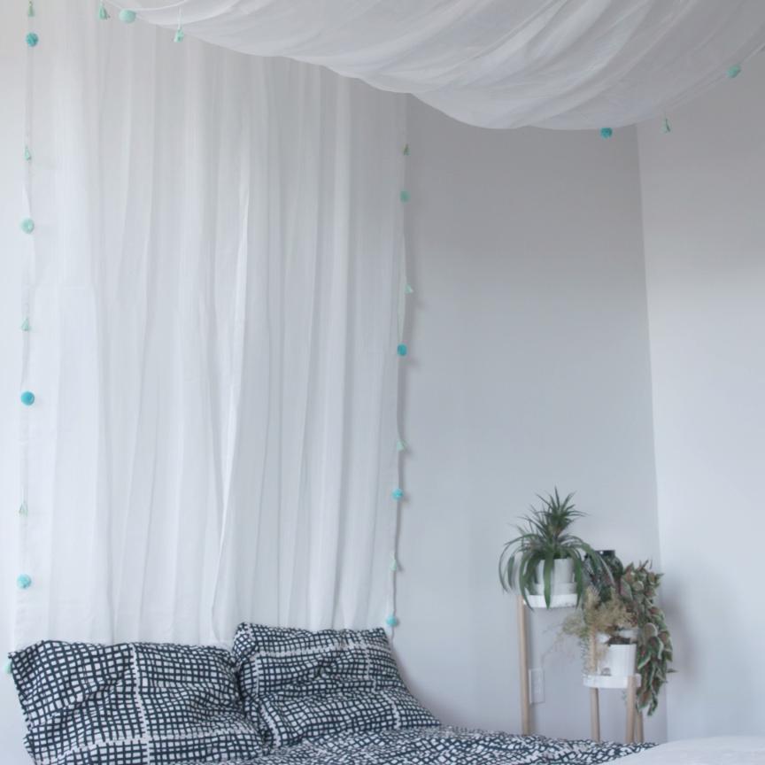 Cozy Pom-Pom Bed Canopy