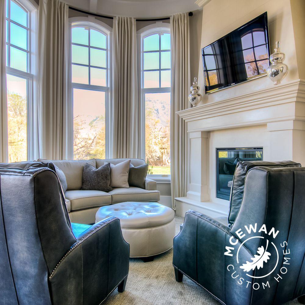 Custom Home Design Utah: #mastersuite Sitting Area = #cozy #warm And #comfortable L