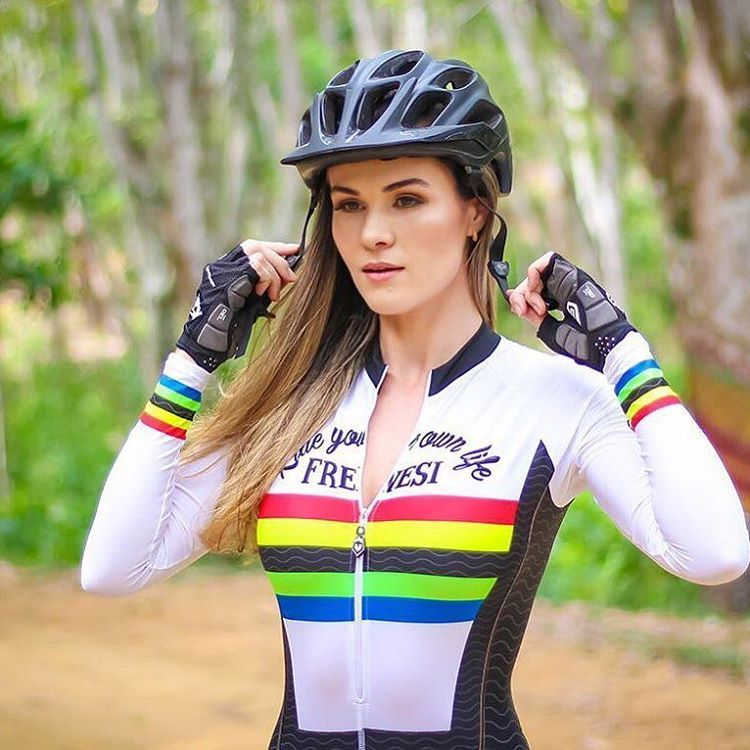 113 mentions J'aime, 1 commentaires - @moonsbreakfast sur Instagram : « #beautiful #beauty #gorgeous #cycling #cycle #bike #girlsonbikes #triathlon #timetrial… »