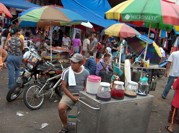 Divisoria Open Air Market Known For Super Bargains Manila