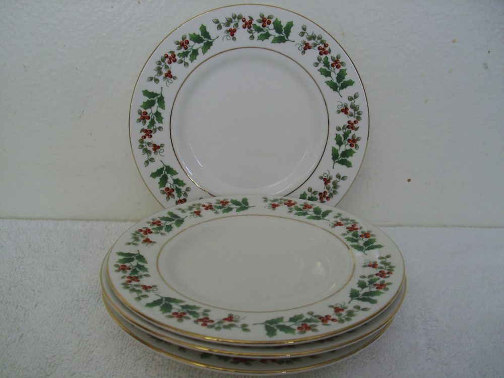 Gibson Christmas Charm Bread Plates Set Of 4 Holly Red Berries Gold Trim Gibson Christmas Plates Plates Christmas Charms