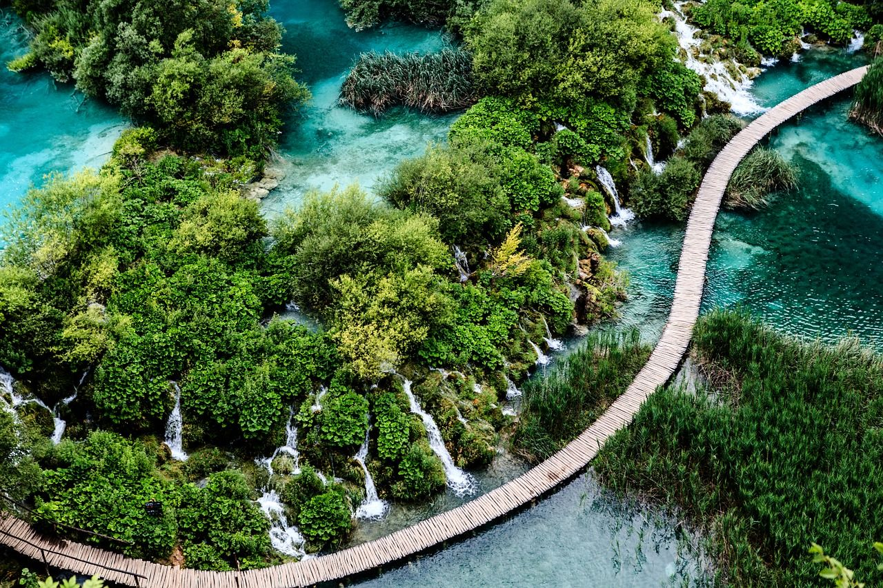Croatia For Solo Travelers Friends In 2020 Europe Bucket List Plitvice Lakes National Park Hiking Europe