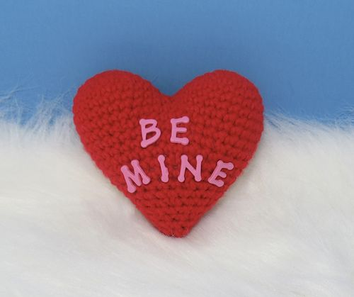 Ravelry Mini Heart Pillow Pattern By Deanna Albon Crochet Hearts