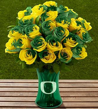 The FTD® University of Oregon® Ducks™ Rose Bouquet - 24 Stems - VASE INCLUDED