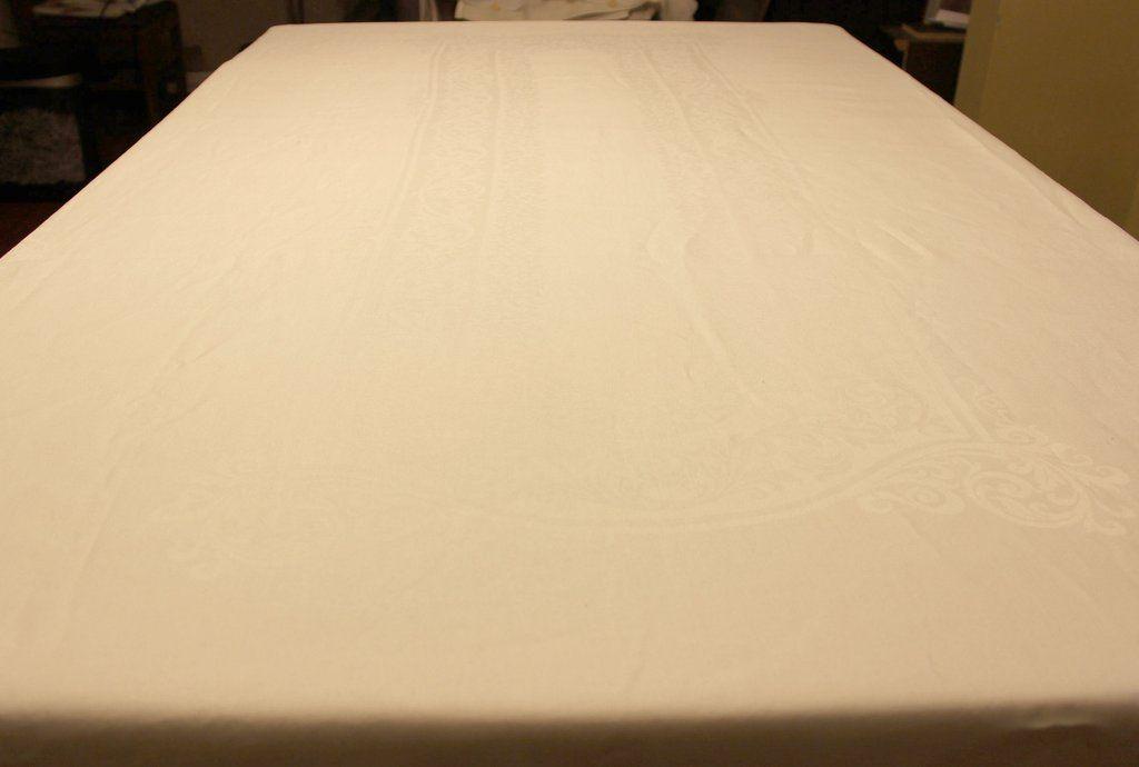 Fine Double Damask Irish Linen Table Cloth Banquet Size Linen