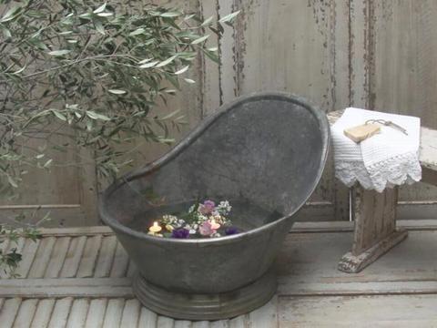Gammel badekar