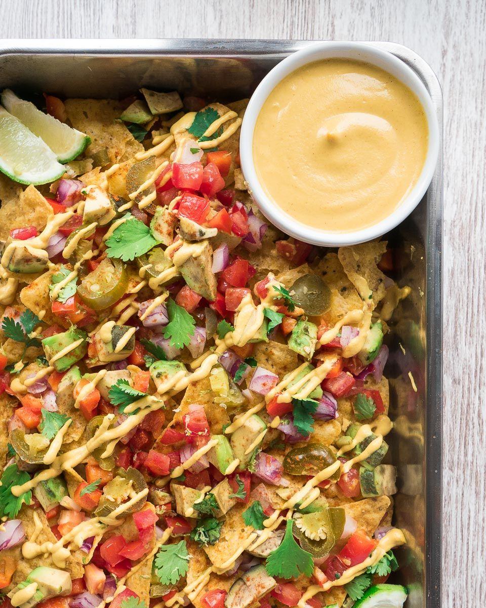Loaded Vegan Nachos In 2020 Healthy Entrees Vegan Nachos Vegan Cashew Cheese