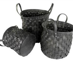 Woven Recycled Tire Storage Baskets {via materialicious.com}